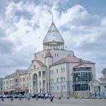 В Степанакерте уже 20 лет как не слышно выстрелов. Фото Раффи Юриджана